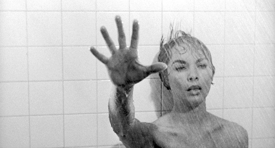 bates motel escena de la ducha psicosis