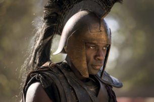 Troy: Fall of a City - SERIE inglesa troya aquiles negro