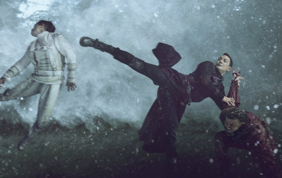 serie into the badlands
