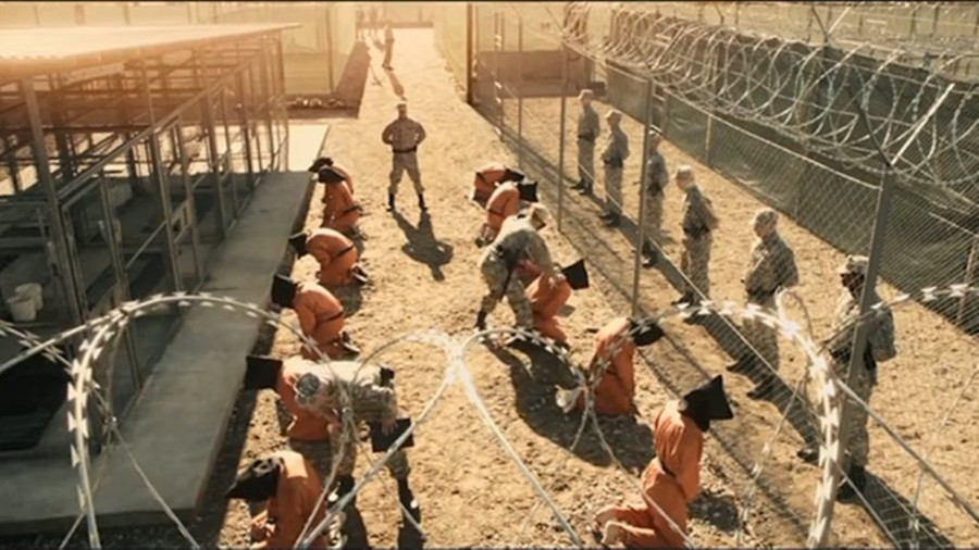 serie guantánamo oliver stone