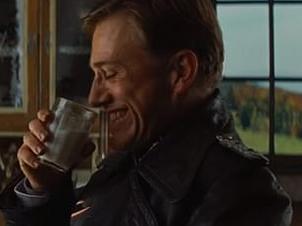 vaso de leche en el cine